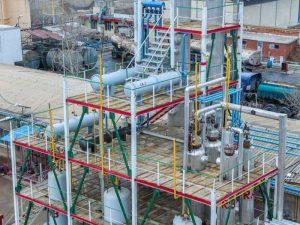 برج تقطیر و تجهیزات پالایش بنزین شرکت سالار شیمی