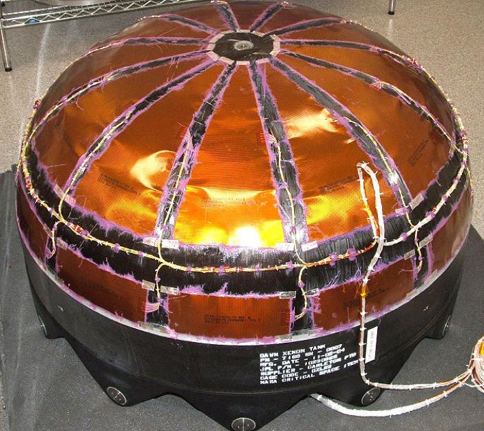مخزن تحت فشار کامپوزیتی overwrapped با پوشش داخلی تیتانیوم